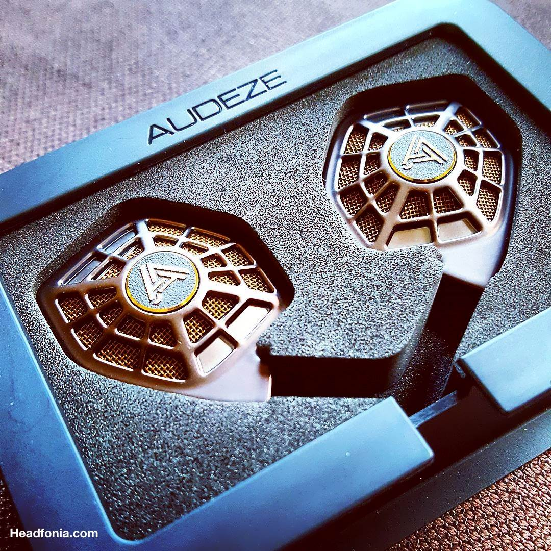 Picture Sunday: Audeze iSine20