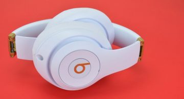 These are the headphones your favorite celebrities wear