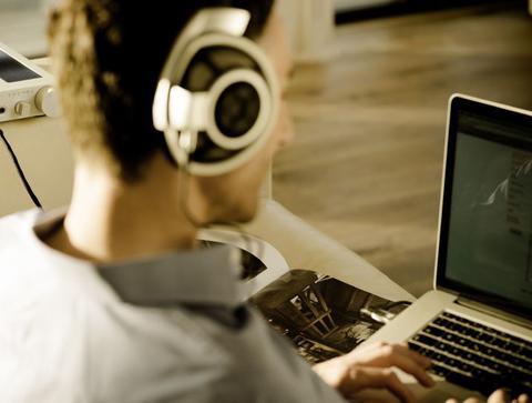Digital Audio 101: Using Headphone Amps  DACs for Computers  Laptops