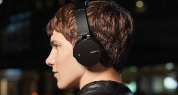 Two of The Best Bluetooth Headsets Under RS. 10000